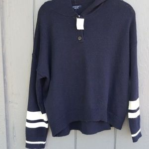 American eagle hooded sweater medium nwt